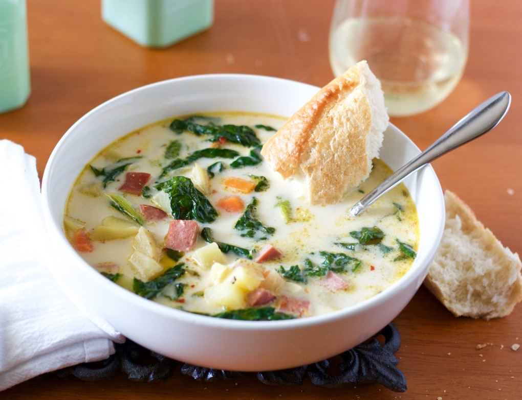 creamy-kielbasa-kale-and-potato-soup