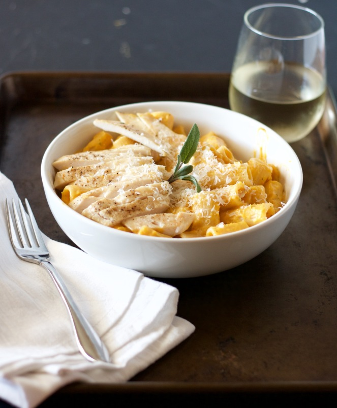 creamy-butternut-squash-pasta-with-chicken